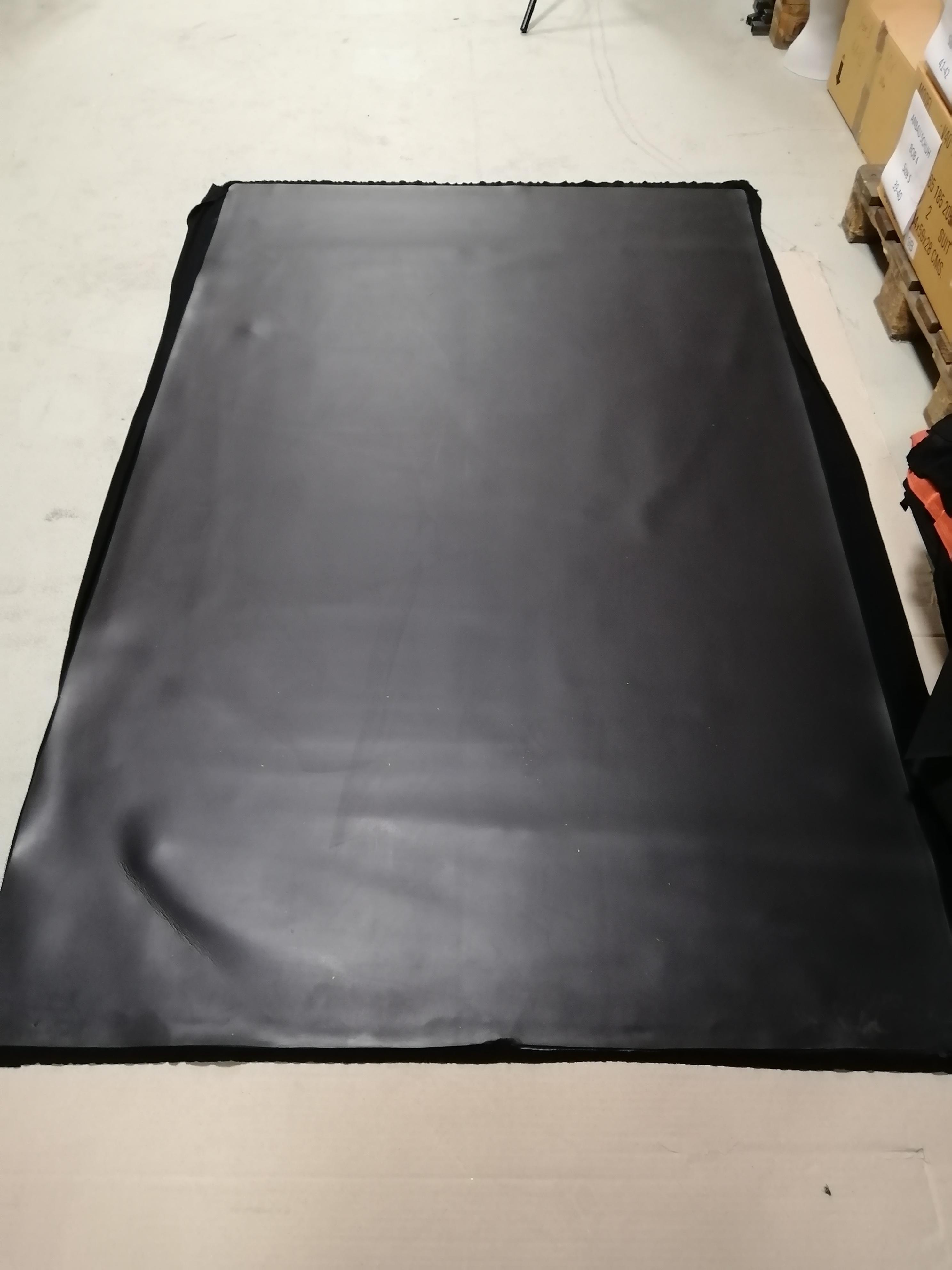 Neopren Platte  für  Reparatur oder Herstellung von Anzügen