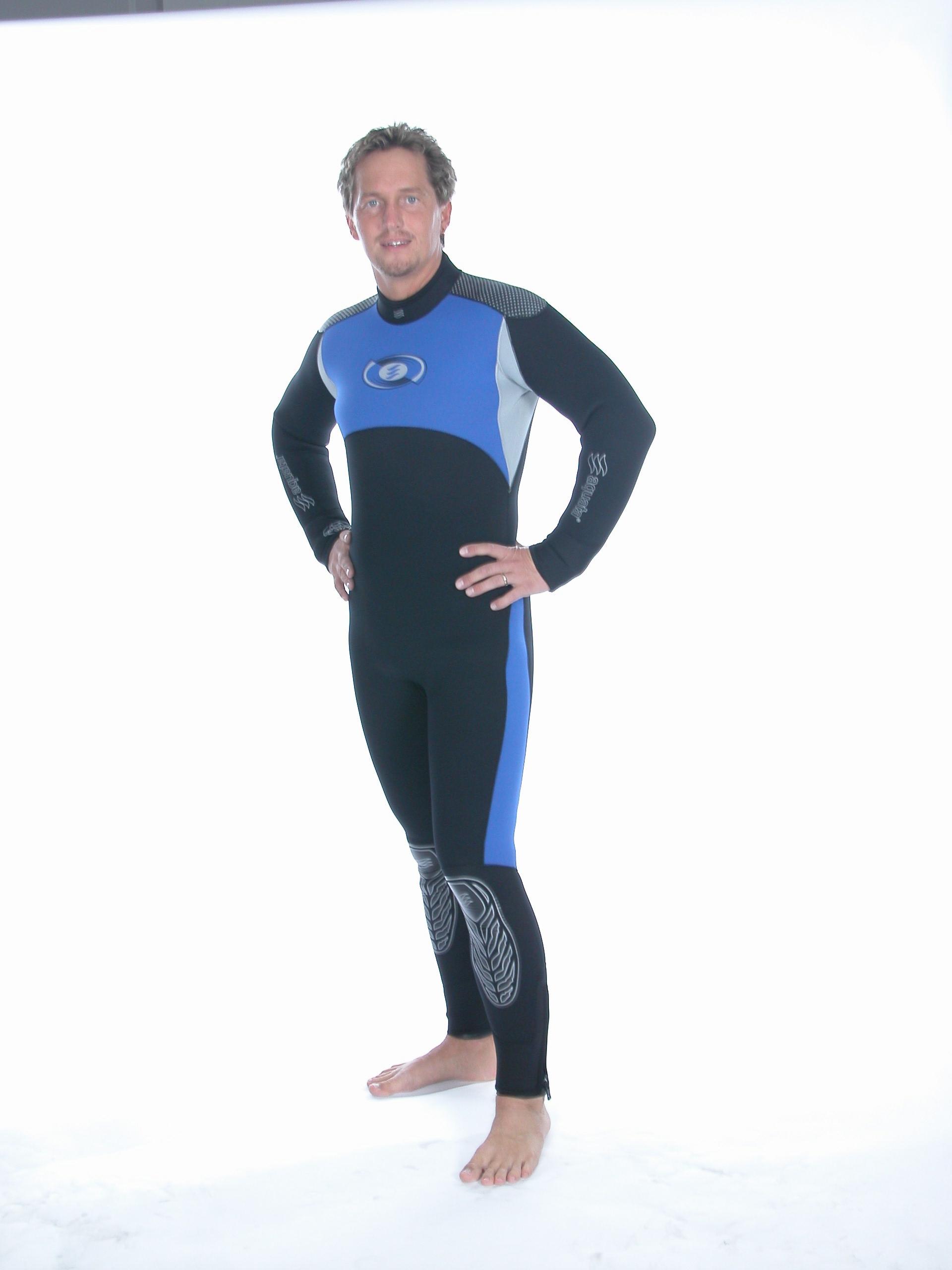 Tauchanzug   Overall  mit  vertikalem  Rücken  Reissverschluss       Xenec4